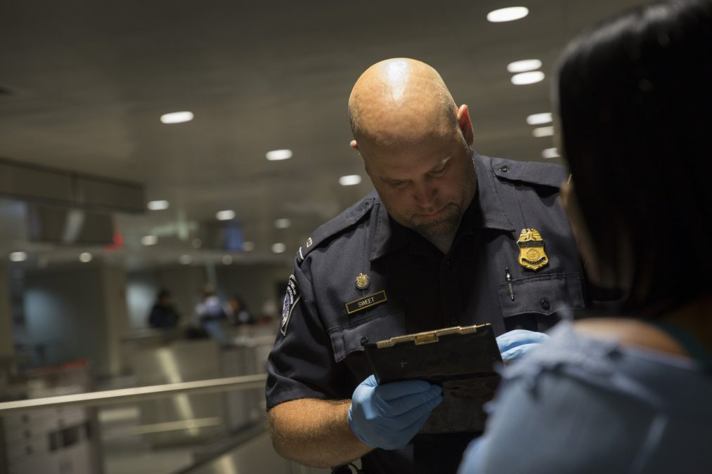 US Border Crossing - CBP Agent